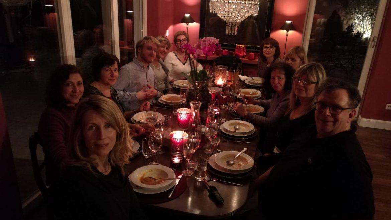 Das-gemeinsame-Abendessen.jpg
